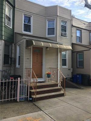 Photo of 64-35 65th Ln, Middle Village, NY 11379