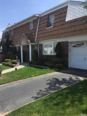 Photo of 89-06 162 Ave, Howard Beach, NY 11414