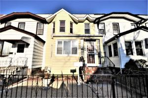 107-09 109 St, Richmond Hill, NY 11419