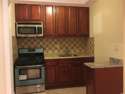 Photo of 79-13 68th Rd #2nd Fl, Middle Village, NY 11379