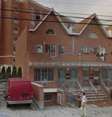 Photo of 183-26 Booth Memorial Ave, Fresh Meadows, NY 11365