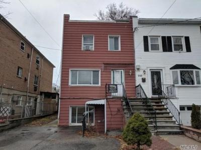 Photo of 751 Clarence Ave, Out Of Area Town, NY 10465
