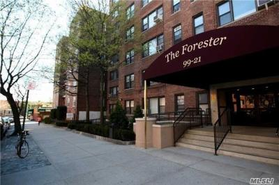 Photo of 99-21 67th Rd, Forest Hills, NY 11375