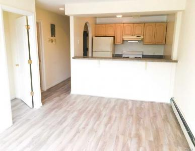 67-25 Exeter St #3, Forest Hills, NY 11375