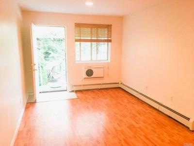 Photo of 67-29 Exeter St, Forest Hills, NY 11375