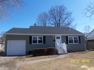 Photo of 121 W 24th St, Deer Park, NY 11729