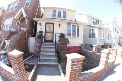 1739 Parkview Ave, Out Of Area Town, NY 104