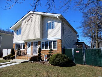 3748 Richmond Ave, Out Of Area Town, NY 10312