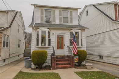 119-29 6th Ave, College Point, NY 11356