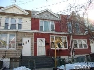 91-29 88th St, Woodhaven, NY 11421
