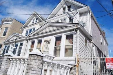 88-23 74th Pl, Woodhaven, NY 11421
