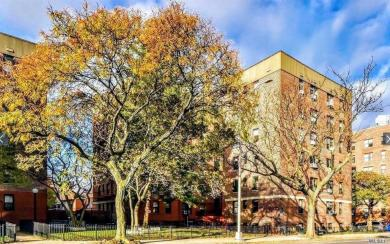 65-30 108th St #4e, Forest Hills, NY 11375