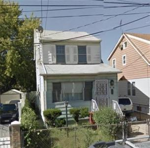 91-18 214th St, Queens Village, NY 11428