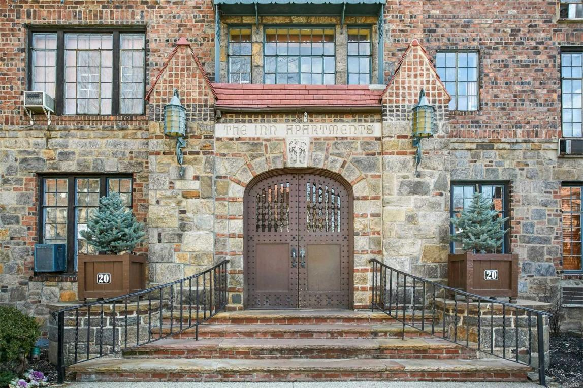 20 Continental #4g, Forest Hills, NY 11375