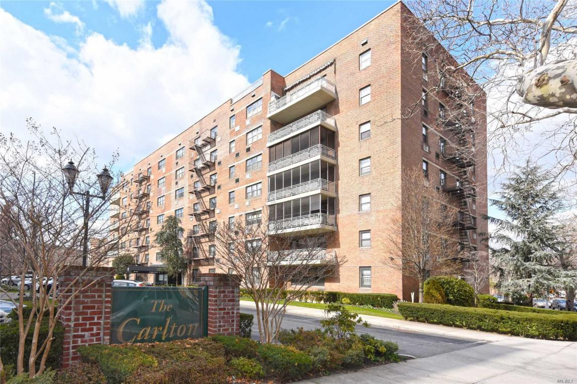 88-29 155th Ave #4d, Howard Beach, NY 11414