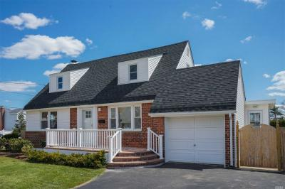 Photo of 199 Guildford Ct, W Hempstead, NY 11552