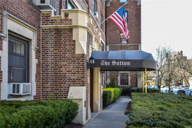 109-14 Ascan Ave #2f, Forest Hills, NY 11375