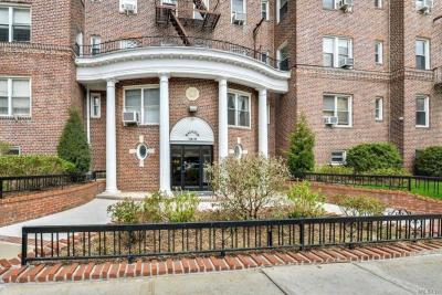 Photo of 110-55 72nd Rd #503, Forest Hills, NY 11375