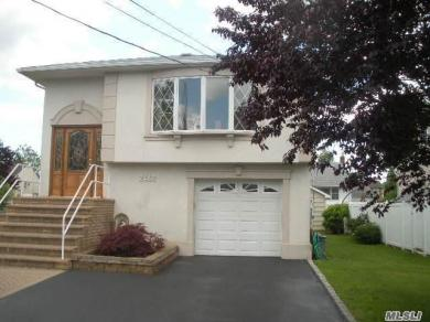 2468 Bell Ct, Bellmore, NY 11710
