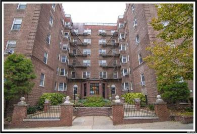 99-45 67 Rd, Forest Hills, NY 11375