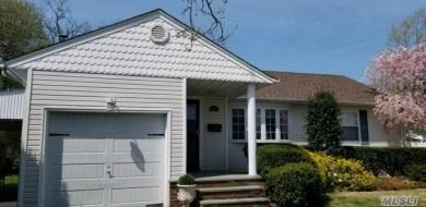 651 Bryant St, East Meadow, NY 11554