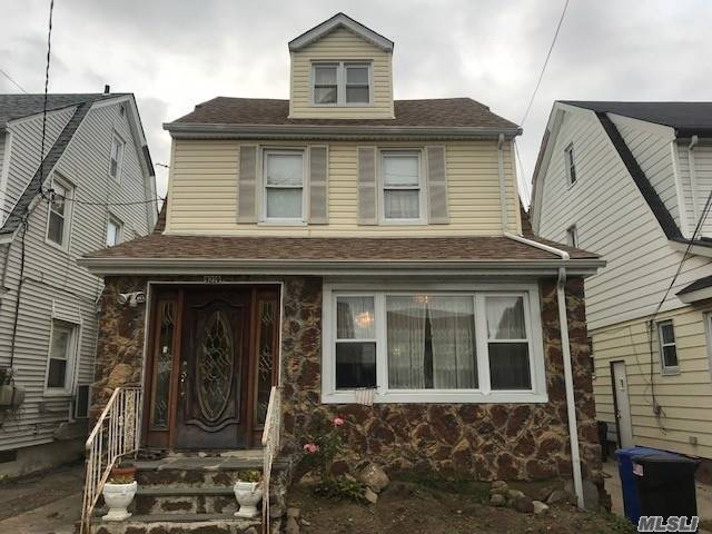 92-19 218th St, Queens Village, NY 11428