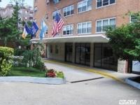 72-35 112th St #5d, Forest Hills, NY 11375