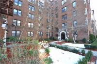 68-44 Burns St #D4, Forest Hills, NY 11375