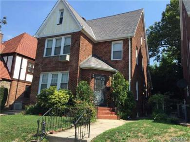 69-25 Harrow, Forest Hills, NY 11375