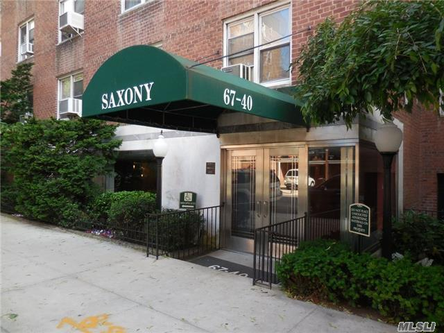 67-40 Booth St #1k, Forest Hills, NY 11375