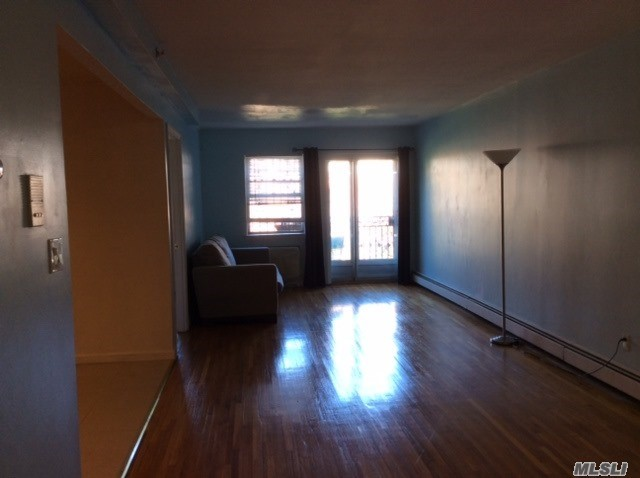 110-33 72nd Dr #3rd Fl, Forest Hills, NY 11375