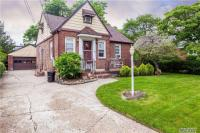 156 Fendale St, Franklin Square, NY 11010
