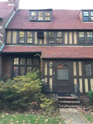 Photo of 49 Continental Ave, Forest Hills, NY 11375