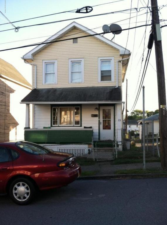 23 E Liberty Street, Hanover Township, PA 18706