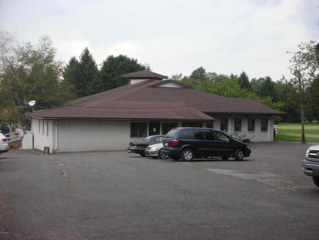 660 Tuscarora Park Rd, Barnesville, PA 18214