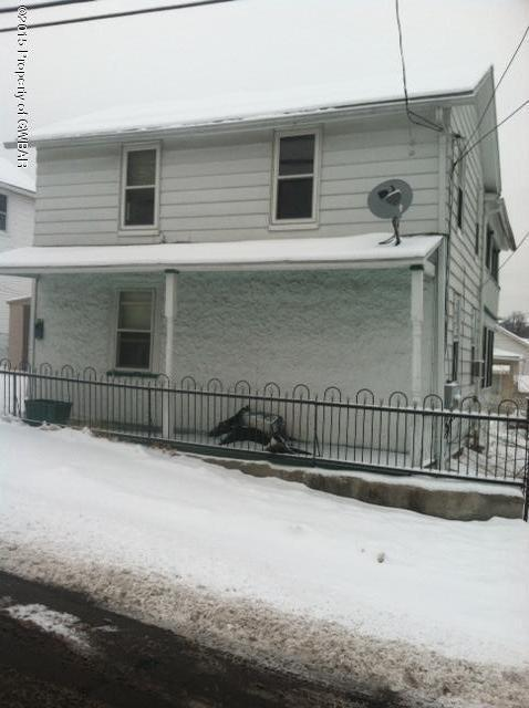 123 Vine St, Pittston, PA 18640