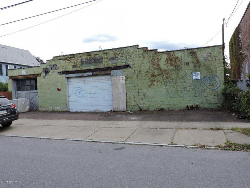 27 Wyoming St, Wilkes Barre, PA 18702