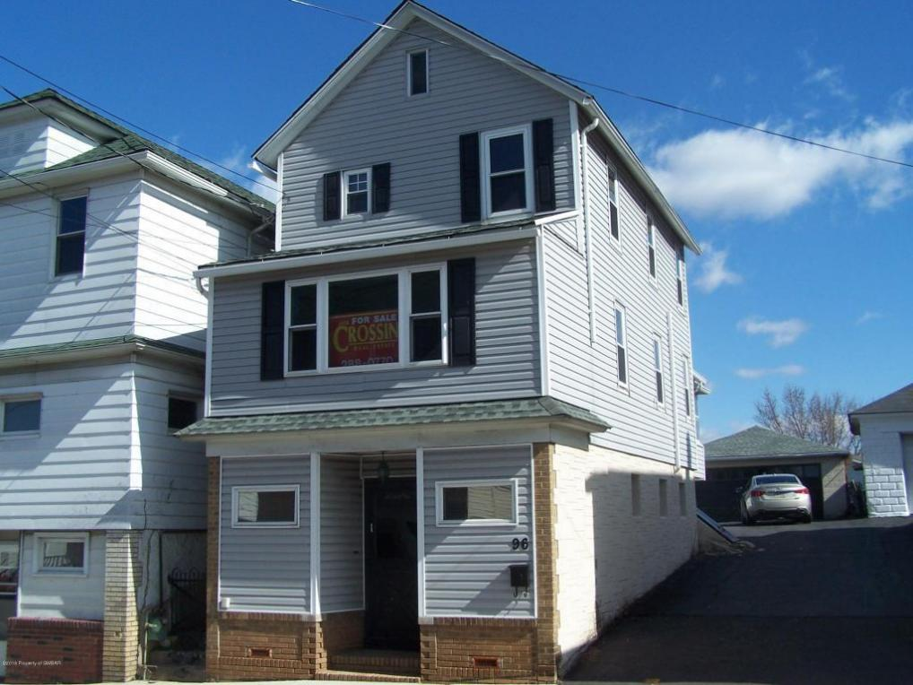 96 W Carey St, Plains, PA 18705