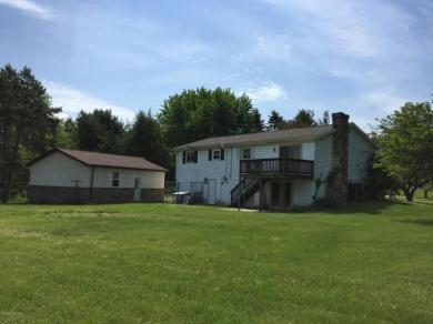 10 Winfield Drive, Sugarloaf, PA 18249