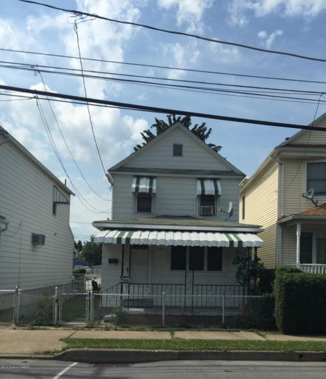 425 S Empire St, Wilkes Barre, PA 18702