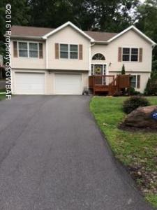 213 Trapper Springs, Drums, PA 18222