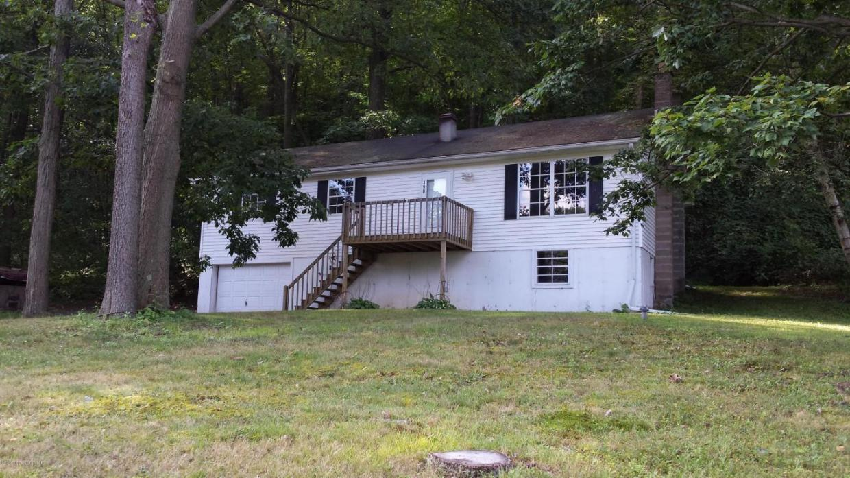 390 State Route 93, Sugarloaf, PA 18249