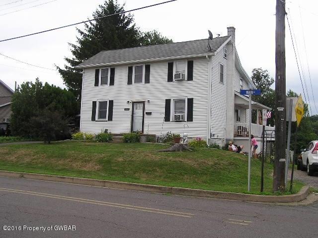 450 Main Rd, Hanover Township, PA 18706