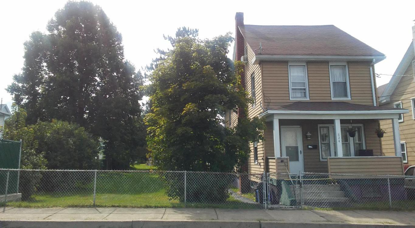 2 unit or large single family home on double lot in Hazleton