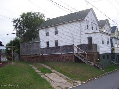 15 W Liberty Street, Hanover Township, PA 18706