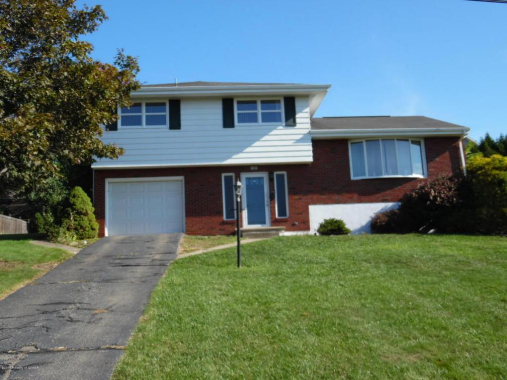 105 Maple Ln, Pittston, PA 18640