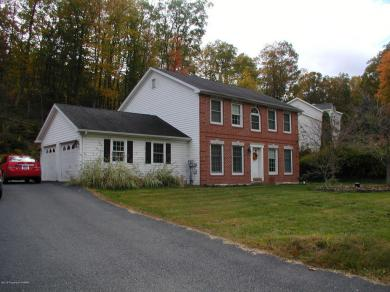 19 Ironmaster Road, Drums, PA 18222