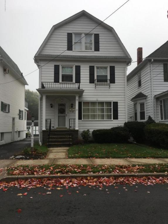 40 Snowden St, Forty Fort, PA 18704