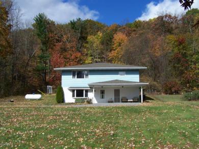 2662 Buck Mountain Rd, Weatherly, PA 18255