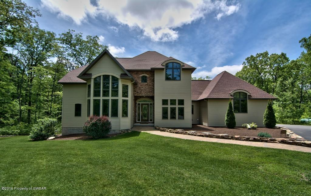 237 Windsor Way, Moscow, PA 18444
